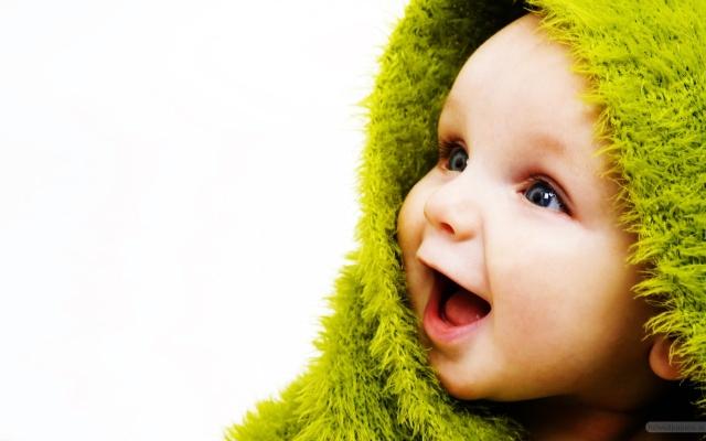 little_cute_baby-2560x1600