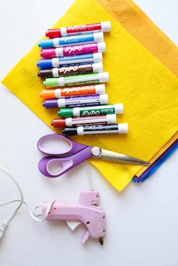 felt-flower-dry-eraser-marker-teacher-bouquet-1