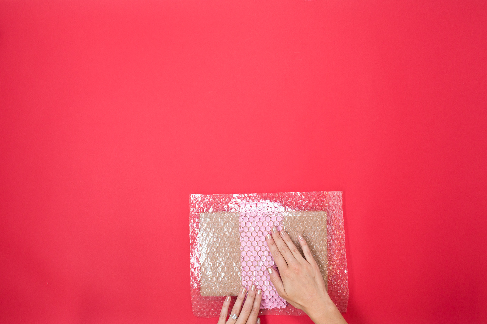 TU_Holiday_Bubble Wrap-130-X3.jpg