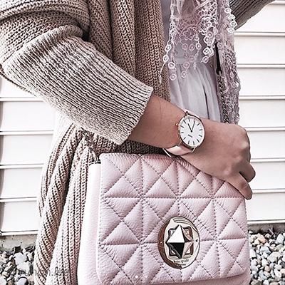 blogImage-mono-pink-blog
