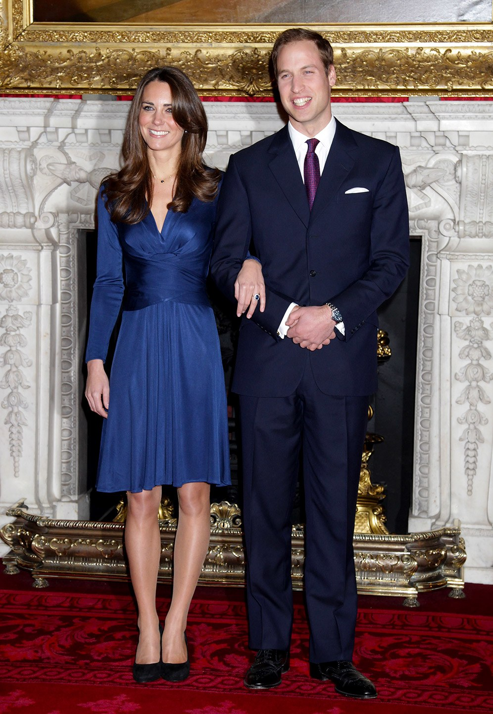 Kate-Middleton-Engagement-Dress