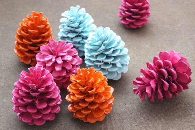 colorfulPineCones