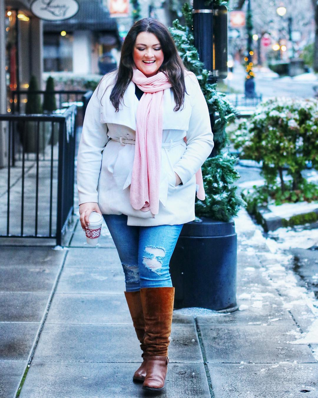 Top 24 Plus-Size Fashion Blogs to Follow in 2018 | thrEDIT